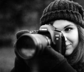【图片分享计划】摄影 年轻  女孩 相机 专业 现代