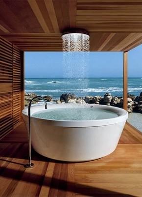【桌面壁纸】海边 露天 洗浴