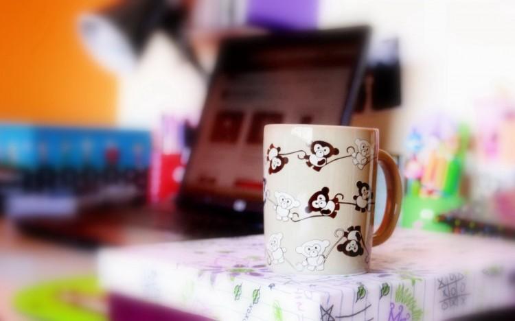 【桌面壁纸】非主流可爱 咖啡杯