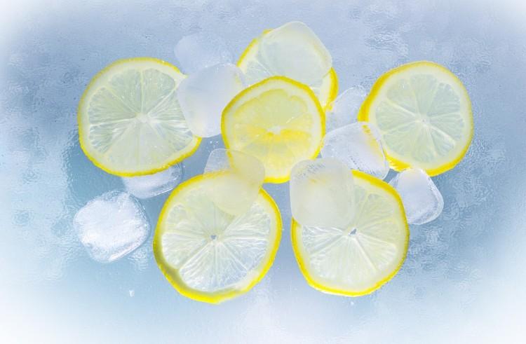 商品标签: 壁纸水柠檬黄色清凉 模板类型: 静态模板 商品色调: 黄,蓝