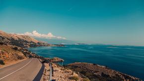 蓝色海边风景公路背景,旅游背景,企业宣传背景,高端大背景图